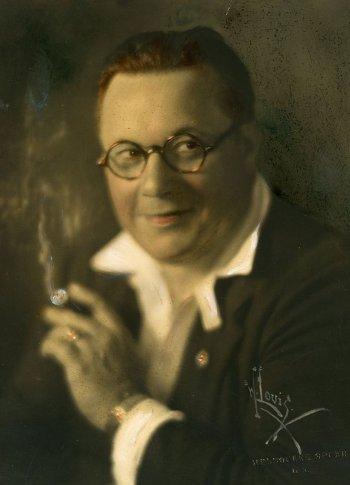 Willard Louis
