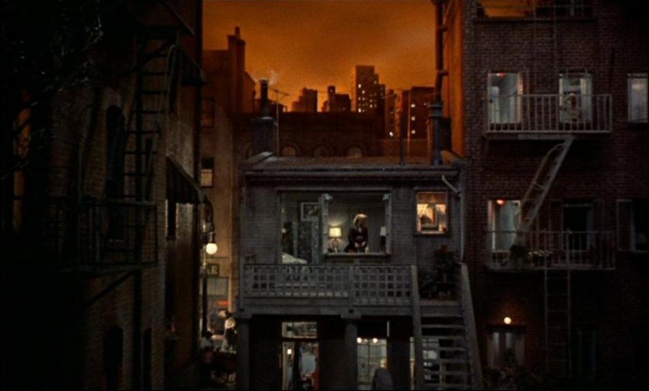 Galerie photo dvd fen tre sur cour universal for Fenetre sur cour film