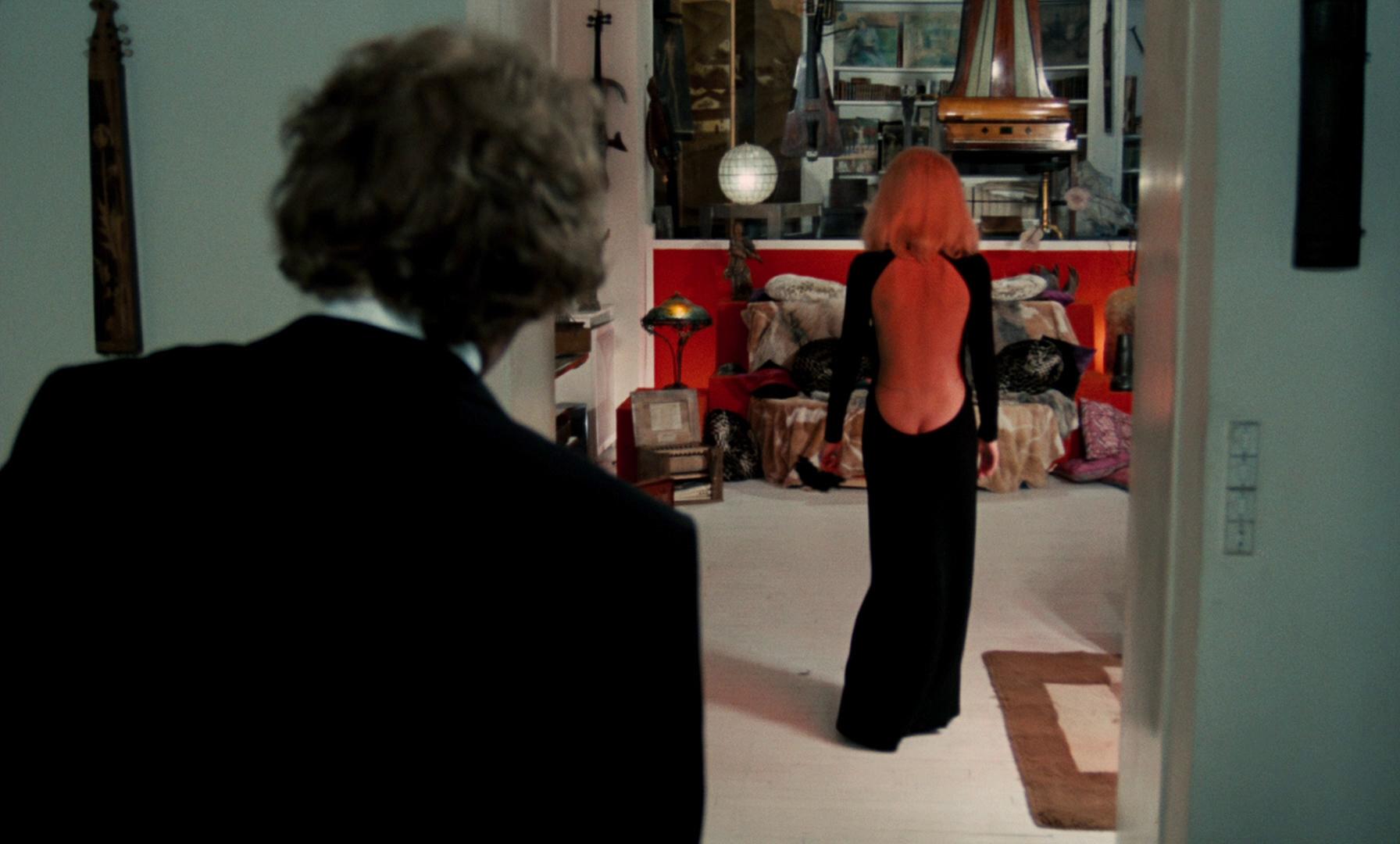 galerie photo - blu-ray - le grand blond avec une chaussure noire - gaumont