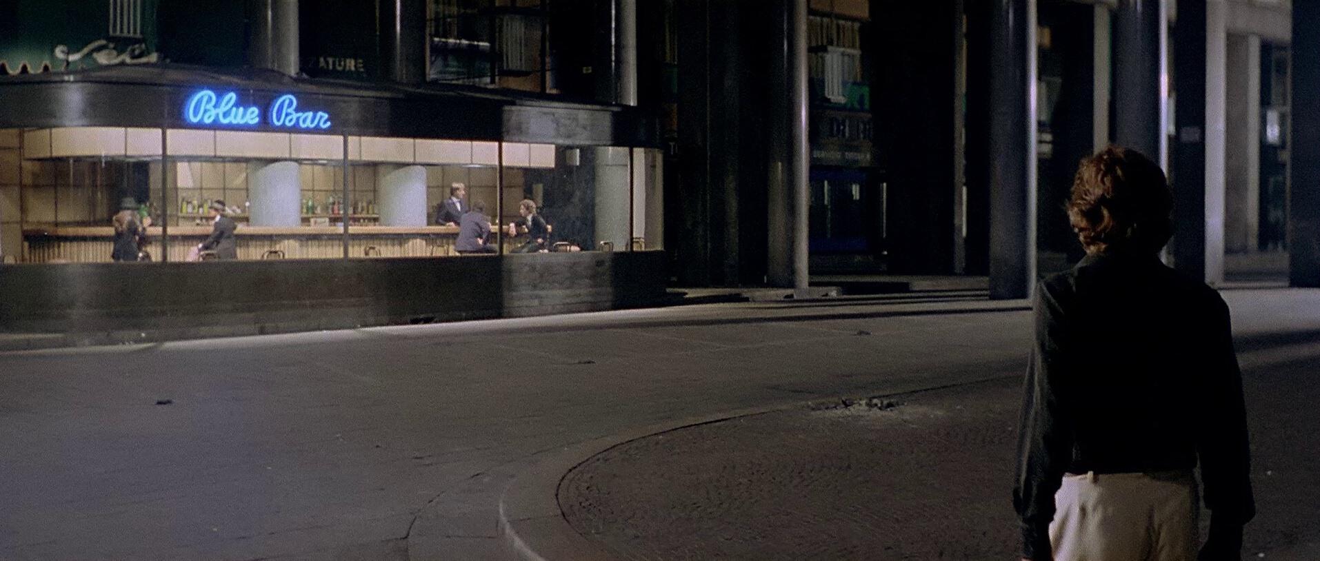 Galerie photo blu ray les frissons de l 39 angoisse wild side dvdclassik - Profondo rosso specchio ...
